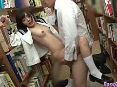 図書館でセックス